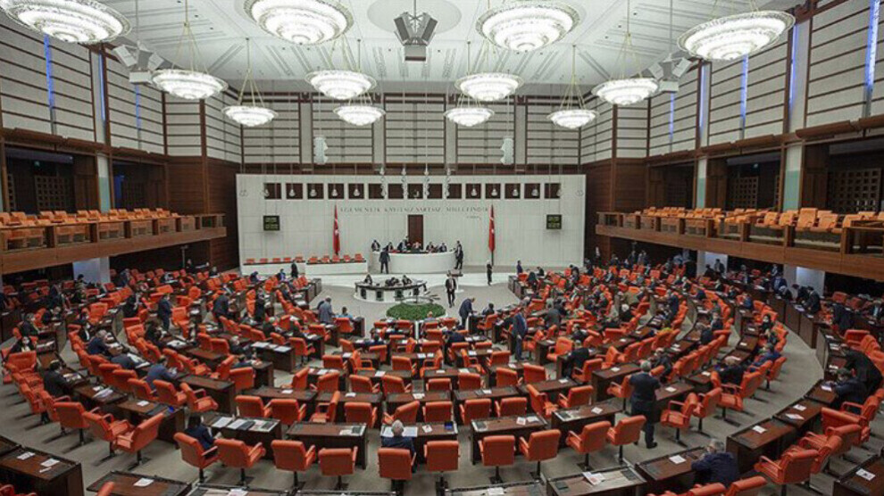 Motions to strip HDP deputies of immunity reach parliament's justice committee